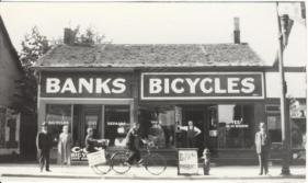 Banks bike shop in Pbro 1935