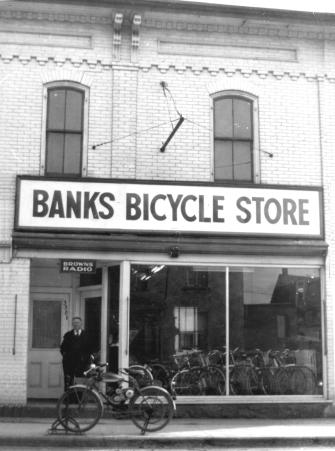 1957 04 Banks Bicycles at 338 Aylmer St Peterborough