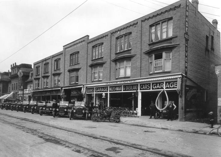 1919c Banks Garage